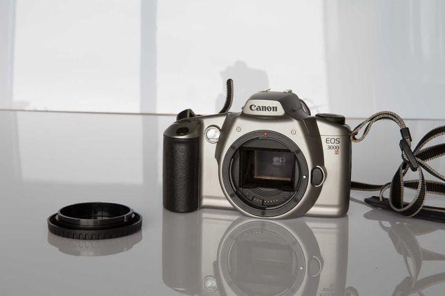Câmara Canon EOS 3000N