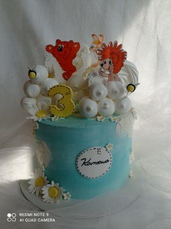 Торты, пирожные, капкейки, пряники..на заказ.Свадебный торт, кенди-бар