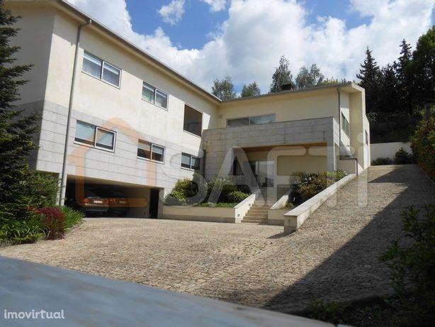 Moradia T7 - Costa Guimarães