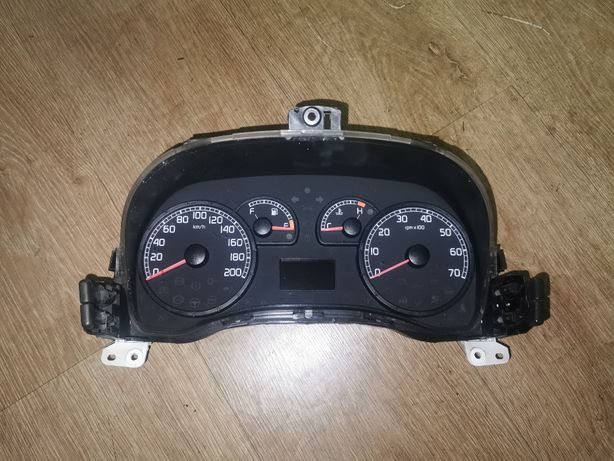 Licznik FIAT Punto II lift 1.2 8v