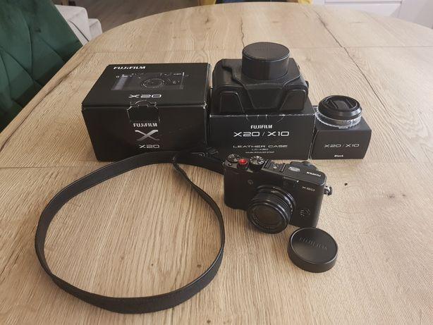 Fujifilm x20 stan bardzo dobry + gadżety