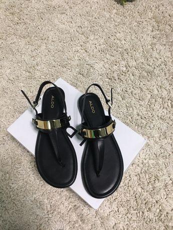 Продам женские сандали ALDO