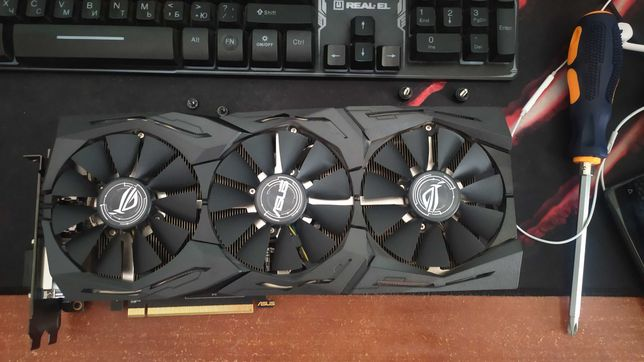 Видеокарта Asus ROG Radeon RX 580 STRIX 8192MB (НА ГАРАНТИИ)