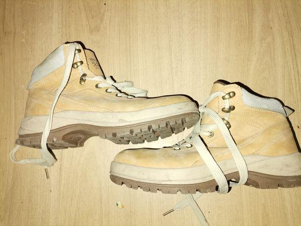 Jesienne buty uniseks 37