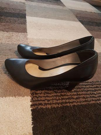 buty czarne 35 skóra