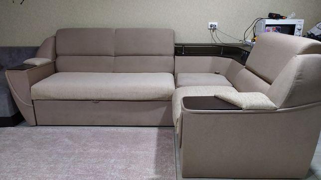 Угловой диван ( раскладной )