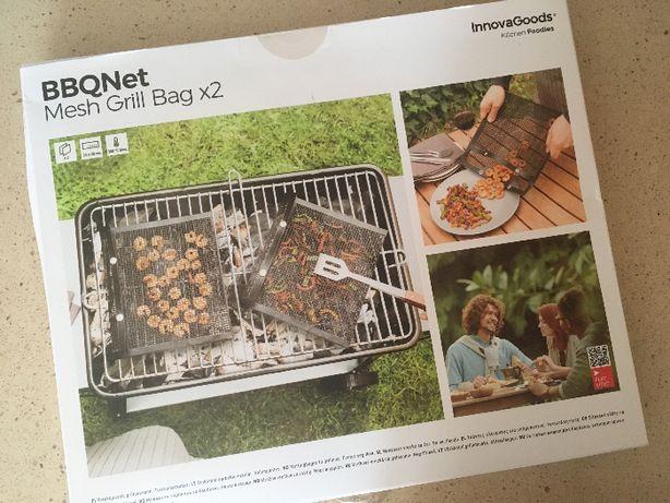 Utensílio para churrasco com 2 sacos em rede - NOVO