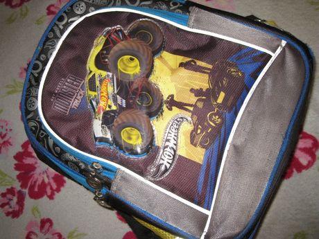 Рюкзак школьный Kite Hot Wheels для младшей школы