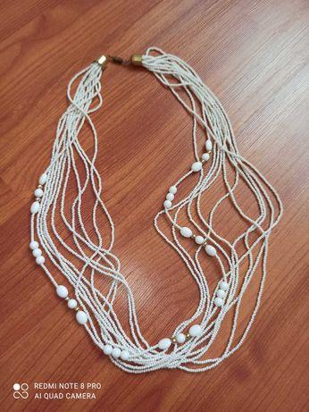 Бусы белые бижутерия колье ожерелье намисто украшение