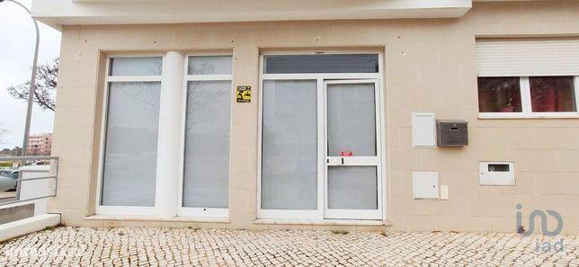 Loja - 33 m²