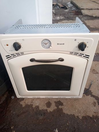 Piekarnik elektryczny do zabudowy