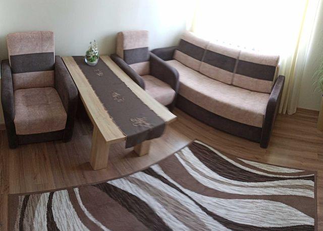Zestaw wypoczynkowy z alcantary: sofa z funkcją spania, 2 fotele