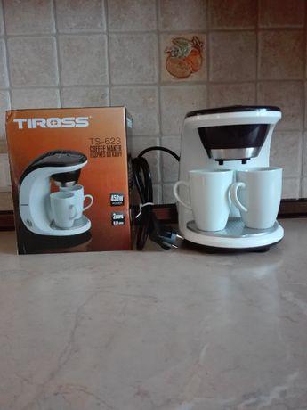 Ekspres do kawy Tiross