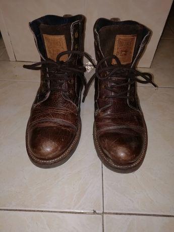 Botas homem n 44