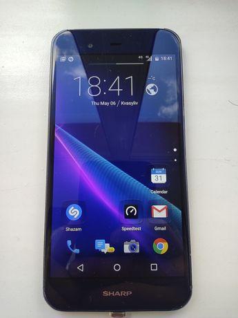 Sharp Aquos p1x смартфон