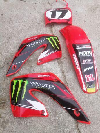 Honda CR 250 plastiki + okleina Monster Energy stan bdb