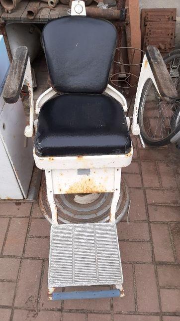 stary fotel dentystyczny