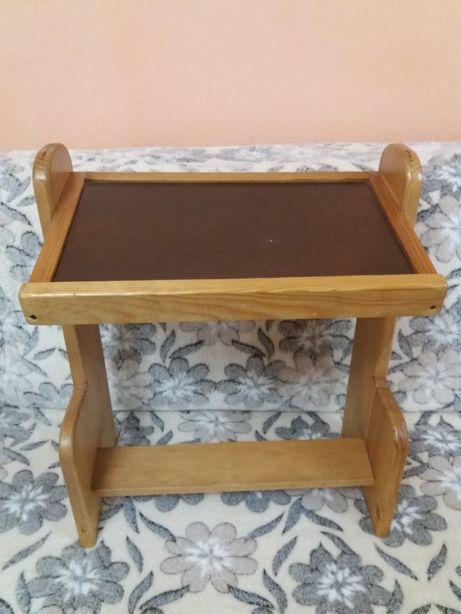 Парта, стол-парта для самых маленьких. Для 1,5-3х лет