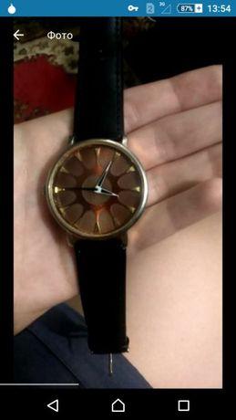 Двое часов по цене одних (браслет, часы, наручные, кожаный ремешок)