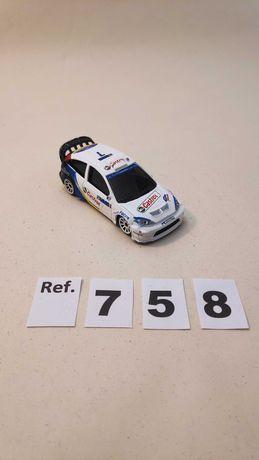 "MINIATURA MAJORETTE ""FORD FOCUS WRC,       MAISTO ""VW GOLF GTI""""."