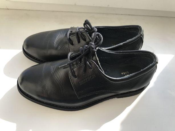 Школьные туфли Bistfor
