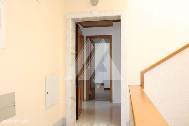 Apartamento T3 duplex na Malveira