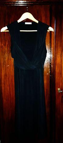 elegancka czarna sukienka z dekoltem YESSICA