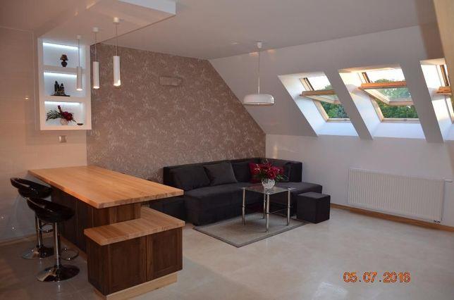 Dwupoziomowy apartament, wysoki standard