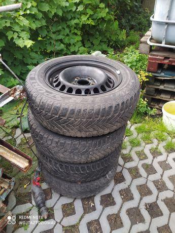 Sprzedam koła całe R15 Dunlop