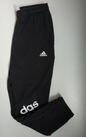 Спортивные штаны Adidas размер - M