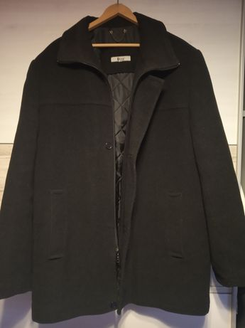Męski zimowy płaszcz