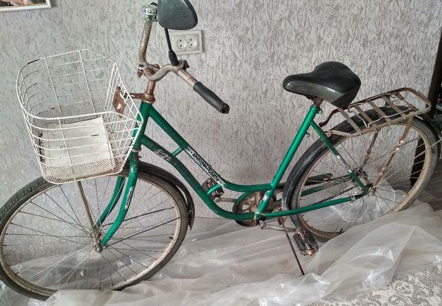 Продам велосипед //Дорожник // б/у женский .
