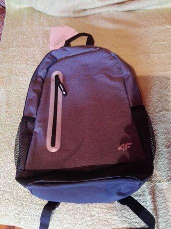 Plecak firmy 4f nowy