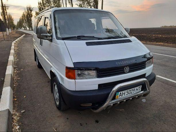Микроавтобус Volkswagen Транспортёр