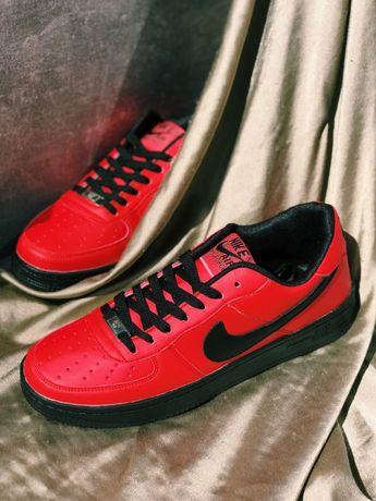 Супер Кроссовки красные с черным Nike Air Force Red Найк Аир форс