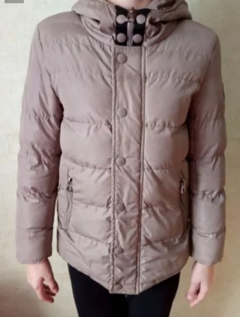 Куртка осень весна на 7-11 лет на рост 128-136 см
