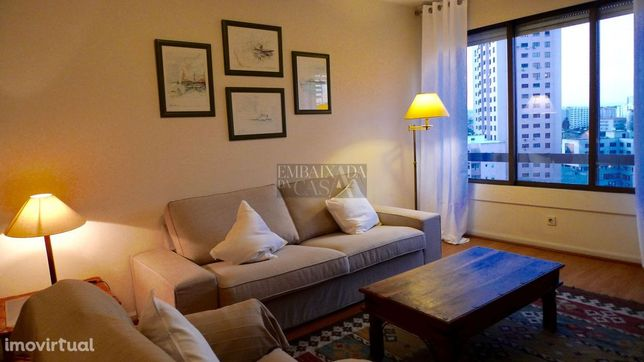Apartamento T1 | Prédio Prestigio | Garagem