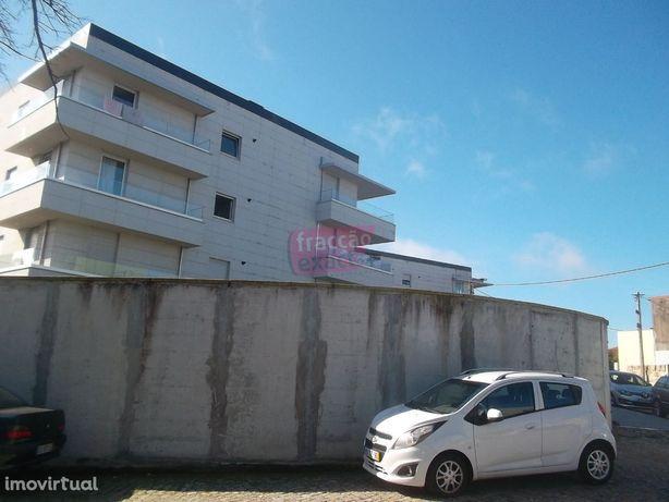 Apartamento T3 com terraço próximo ao Hospital S. João