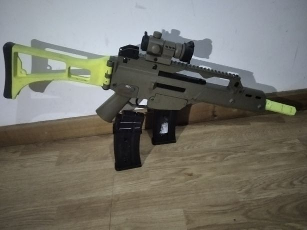 Arma de airsoft g36 tan com Upgrades