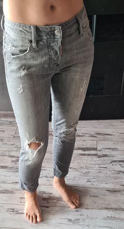 Продаю серые джинсы Dsquared