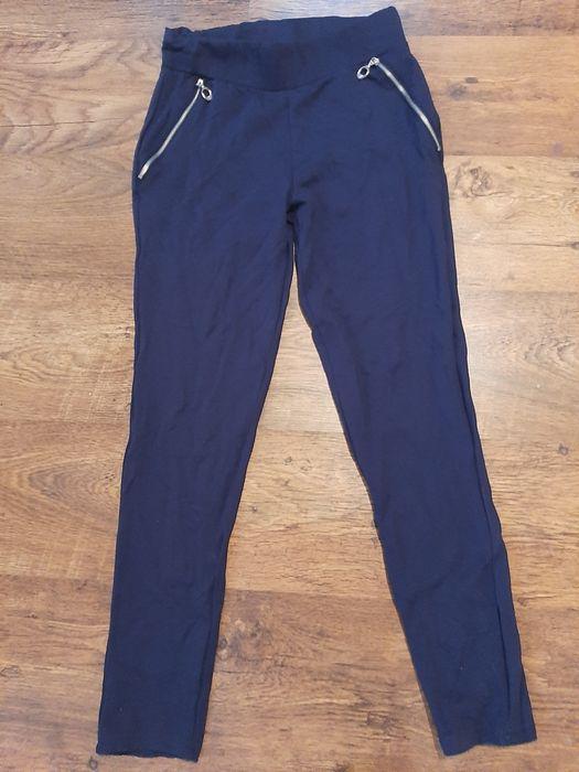 Sprzedam spodnie/leginsy Jaworze - image 1