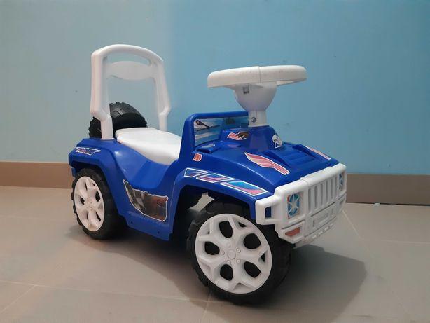 Машинка дитяча (толокар)