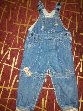 Комбинезон джинсовый на очень теплом флисе на мальчика 1-1,5года