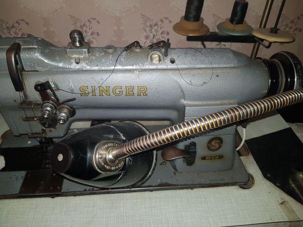 Профессиональная швейная машинка Singer 212 G 141
