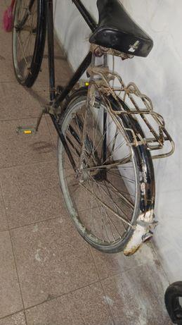 Vendo bicicleta antiga pasteleira de homem