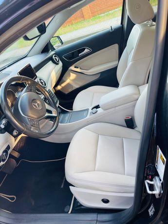 Mercedes bens GLA 250 4 matin AMG