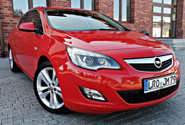 WYPASIONY Opel Astra 1.4T*BiXenon*Led*Alu18*Chromy*Parctronic PrzódTył