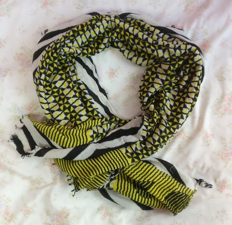 Żółty szal szalik chusta Reserved