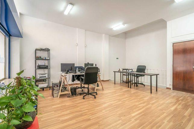 Pretende um escritório já equipado para a sua actividade profissional?