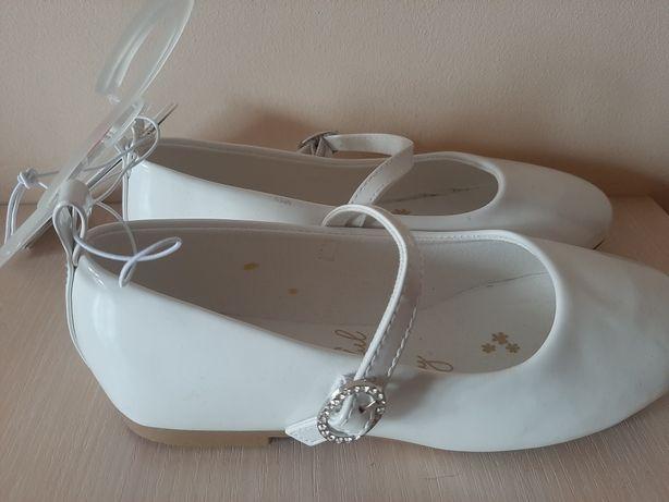 Білі балетки н&м